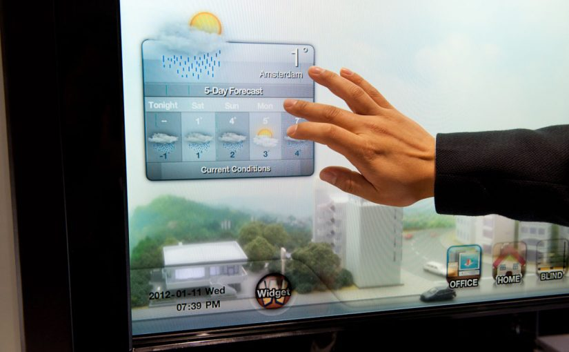 Samsung Demonstrates Transparent Smart Window