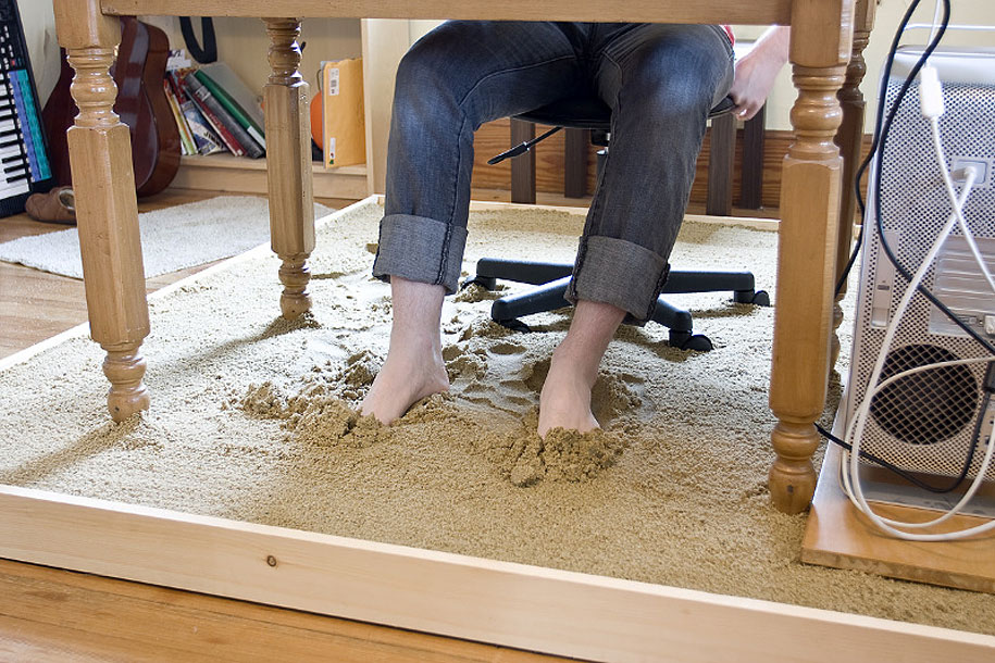 Sandbox Desk By Justin Kemp 3